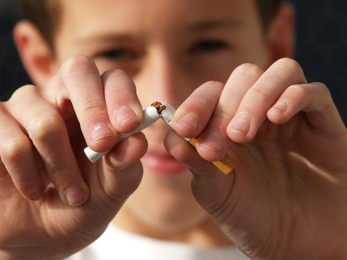 Fumar también aumenta la presión arterial